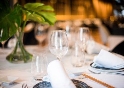 Montaje mesa Restaurante Zhu